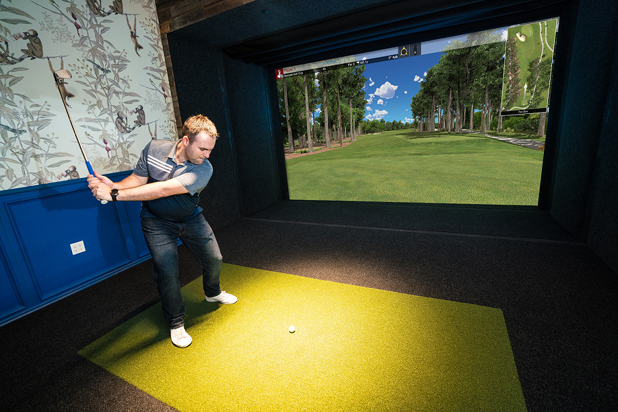 Play Like the Masters from Home with a Full-Swing Golf Simulator