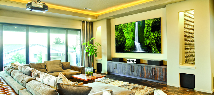 Why Should You Hire an Integrator for  Your Home Theater Project?